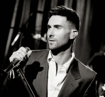 Adam Levine normal_stripped03