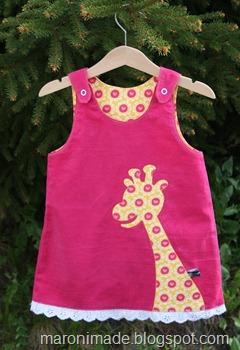selekjole med giraff og blonder