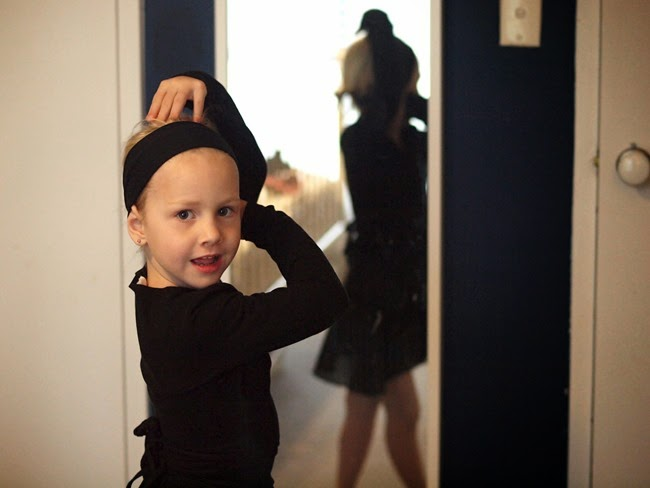 virtù - mae totally excited before her first ballet class