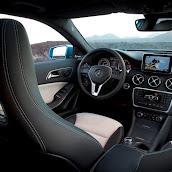 2013-Mercedes-A-Class-Interior-3.jpg