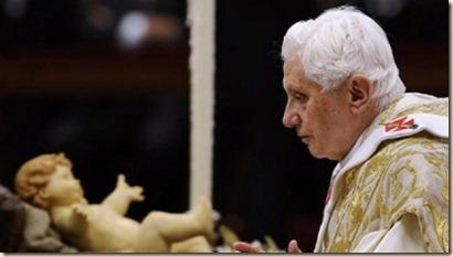 papa-benedicto-XVI-navidad-arbol