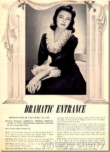 vintage 1940s fashion with detachable collars and cuffs