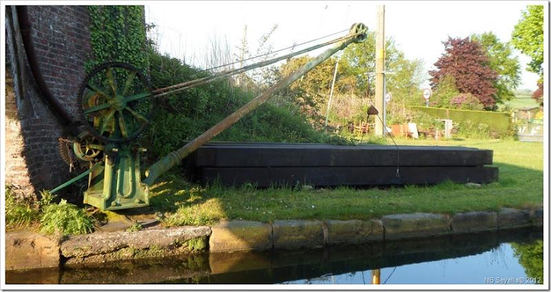 SAM_0301 Bridgewater Crane