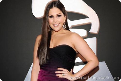 Hillary Scott