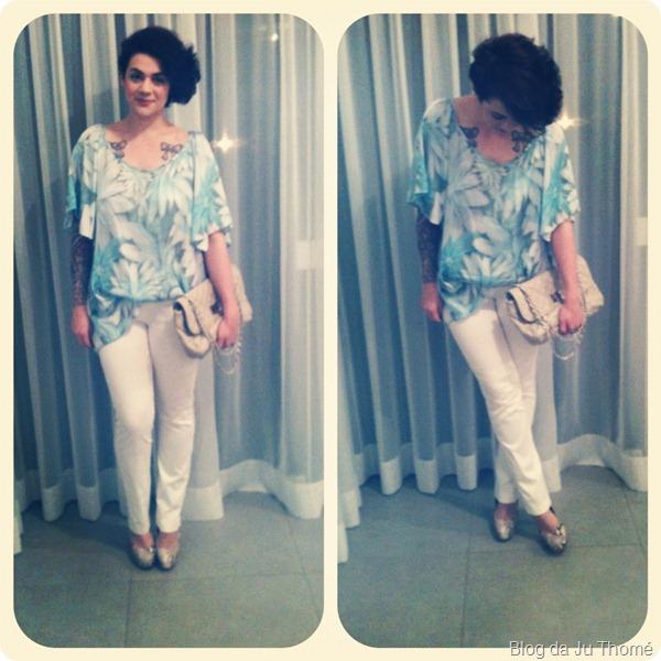 look calça branca blusa azul flores