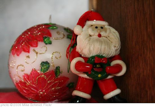 'Santa's Special Wreath' photo (c) 2006, Mike Schmid - license: http://creativecommons.org/licenses/by-sa/2.0/