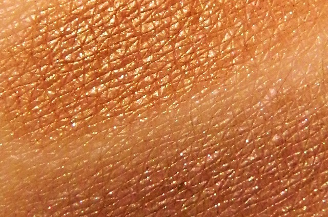 fashionista eyeshadow swatches berry brown and chocolate dream