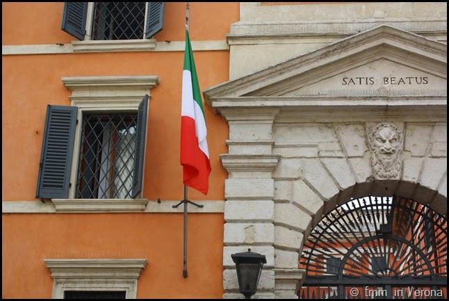 Satis beatus, Palazzo Carli, Verona