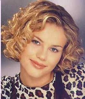 Modern Curly Short Bob Hairstyles for Women