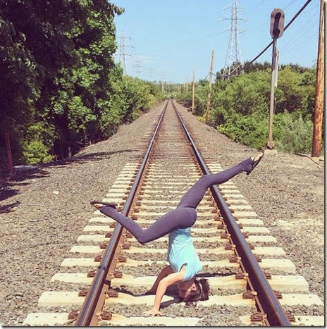 celebrity-yoga-kitchen-013