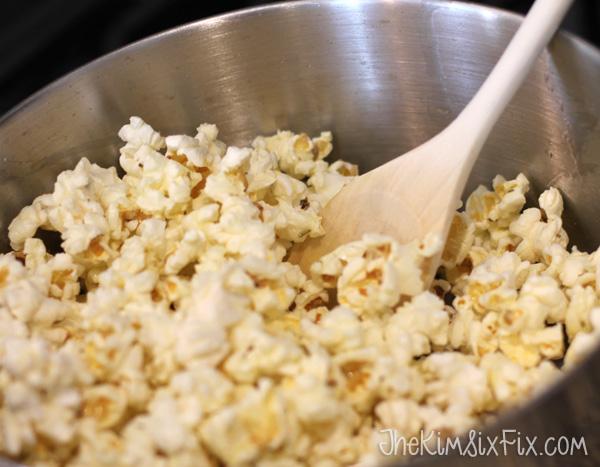 Stirring popcorn