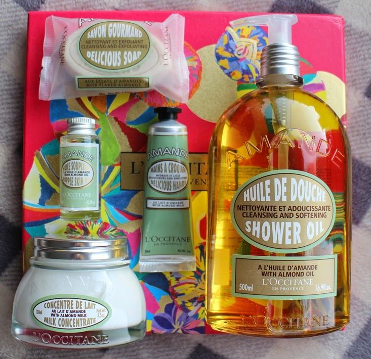 LOccitane-Almond-Star-Gift-Box-contents
