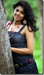 Telugu Heroine Sravya Stills in Love U Bangaram Movie