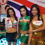 philippine transport show 2011 - girls (29).JPG
