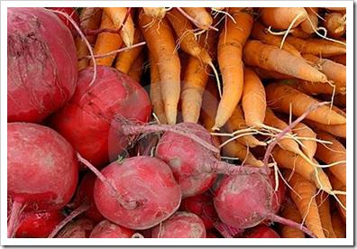 beterrabas e cenouras orgânicas