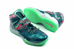 lebrons soldier7 power couple 17 web white The Showcase: Nike Zoom Soldier VII Power Couple (GitD)