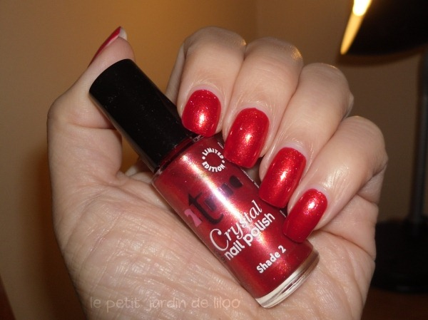 02-2true-nail-polish-crystal-collection