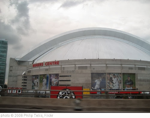 'Rogers Centre' photo (c) 2008, Philip Tellis - license: http://creativecommons.org/licenses/by-sa/2.0/