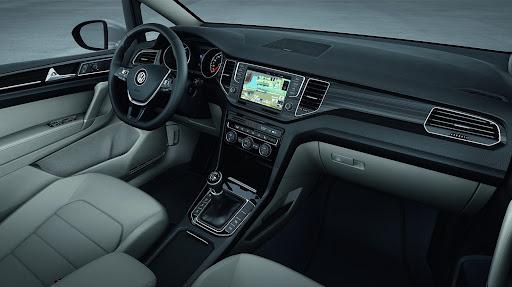 VW-Golf-Sportvan-Concept-07.jpg