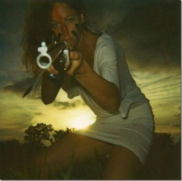 hot-women-guns-8