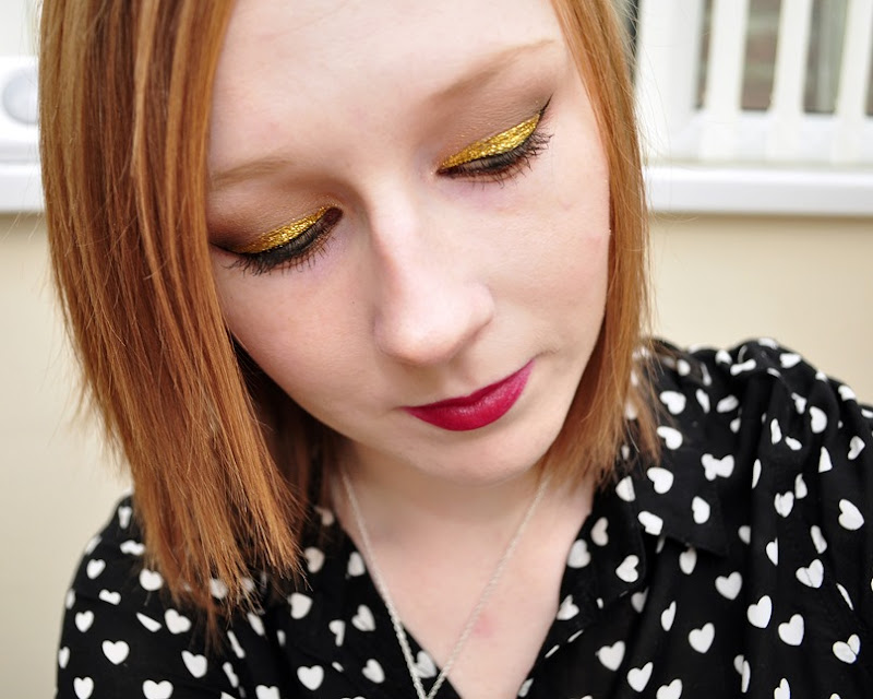 christmas festive gold glitter makeup look copy