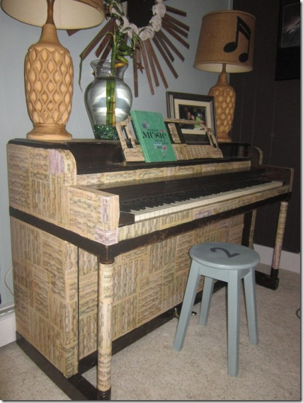 friday feature--decoupaged piano