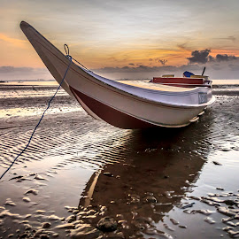 Sunrise.. by Daimasara Abdullah - Transportation Boats