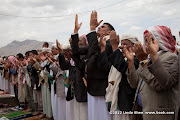 Friday prayer on 60 Meter Rd, Sana&#039;a, Yemen        