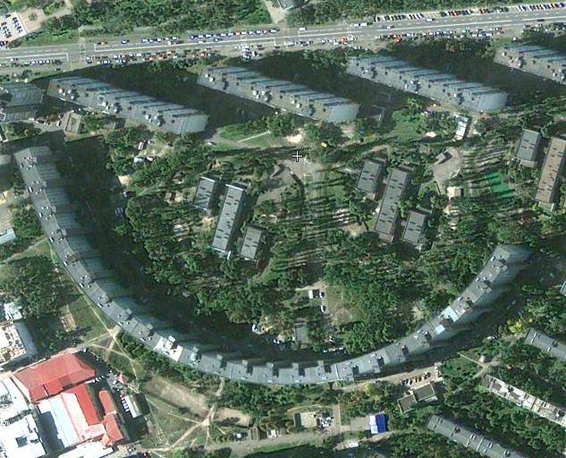 Дом Криволинейной формы