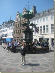 E at Fountain (Small)