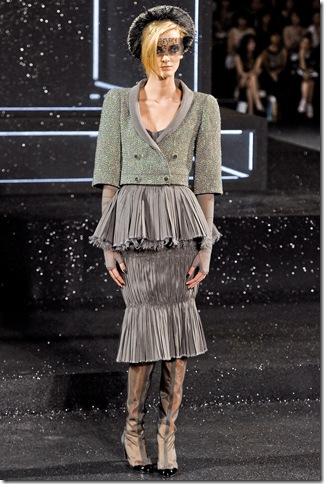 Chanel Fall 2011 (nay) 8