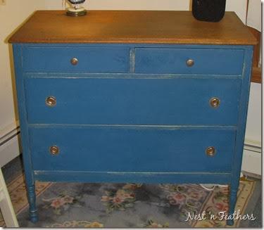 10 Flow blue dresser