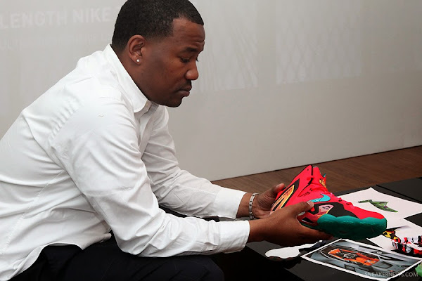 Elite 30 Behind the Scenes with the Nike LeBron 11 Elite
