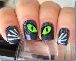 Halloween Nail Art challenge Cats Cat Eye Glow in the Dark (5)