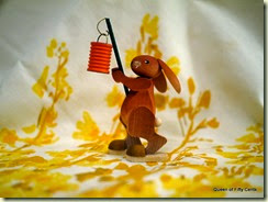 Ulbricht Bunny with lamp