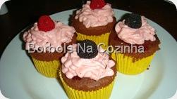 Cupcake de Framboesa Borbols na Cozinha