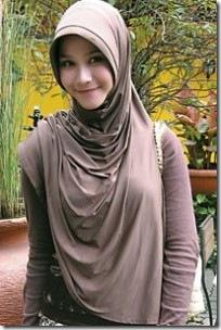 Gaya Jilbab 2012