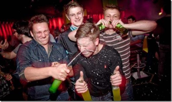 awkward-club-photos-16
