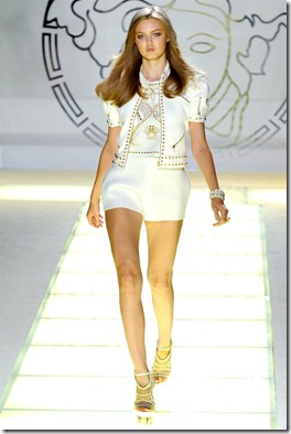 versace-spring2012-1