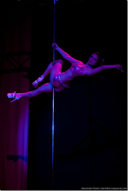 russian-pole-dancing-competition-36