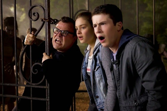 Jack Black, Odeya Rush and Dylan Minnette in Goosebumps (2015)