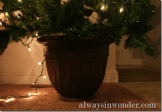 Decorative_Christmas_tree_stand (11)