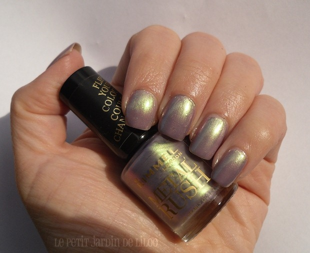 001-rimmel-nail-polish-metal-rush-pearly-queen-duochrome-swatch-review