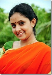 mahima in_saree