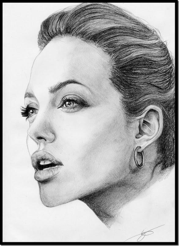 Angelina Jolie (32)
