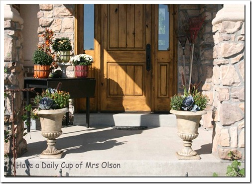 Fall urns