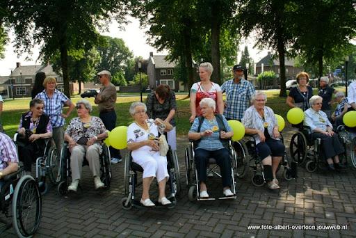 rolstoeldriedaagse dag 1  overloon 05 juli  2011 (3).JPG