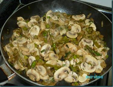 hojaldre de verduras con butifarra5 copia