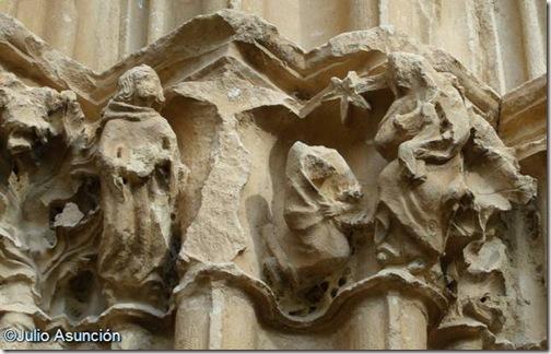 Epifanía - Portada de la iglesia de Riezu - Valle de Yerri