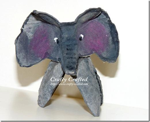 elefante de huevera (1)
